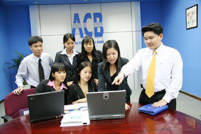 ACB lên tiếng bán nợ cho VAMC