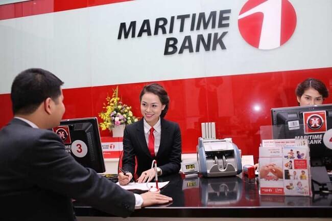 Khách hàng được tư vấn vay mua nhà tại Maritime Bank