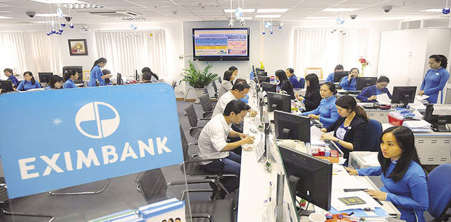 lai-suat-the-chap-ngan-hang-EximBank-anh1