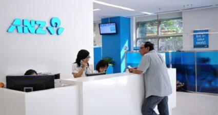 Khách hàng làm hồ sơ vay thế chấp tại ANZ