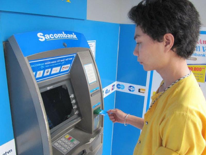 cách tính lãi suất thẻ tín dụng sacombank