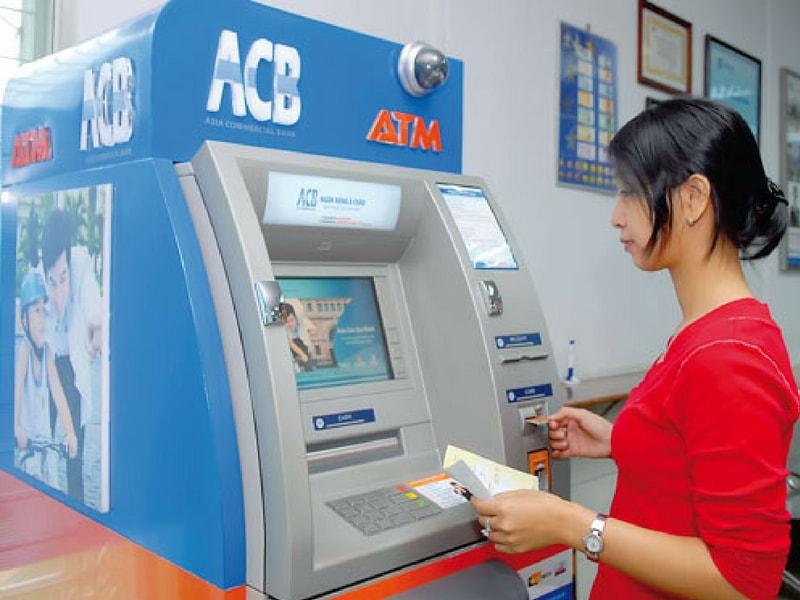 lãi suất thẻ tín dụng acb