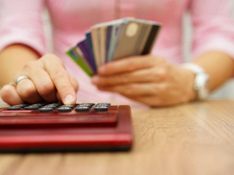lãi suất quá hạn thẻ tín dụng