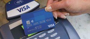 Lãi suất rút tiền mặt từ thẻ tín dụng hiện nay là bao nhiêu?
